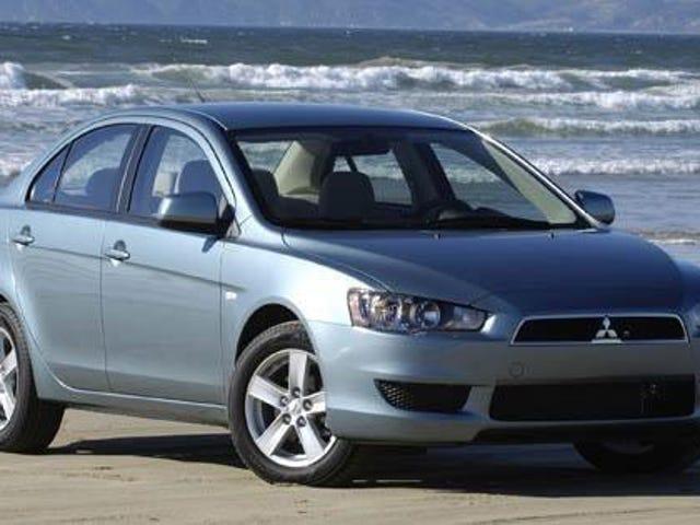 Audi A3 Sedan sembrava un po 'come Mitsubishi Lancer
