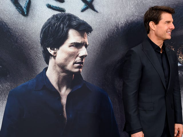 Tom Cruise Micromanaged The Mummy Into Sucking, Says Report
