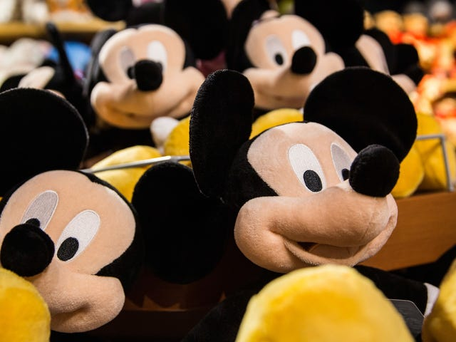 Lawsuit Claims Disney Spied on Kids Playing Mobile Games and Sold Info to Advertisers<em></em>