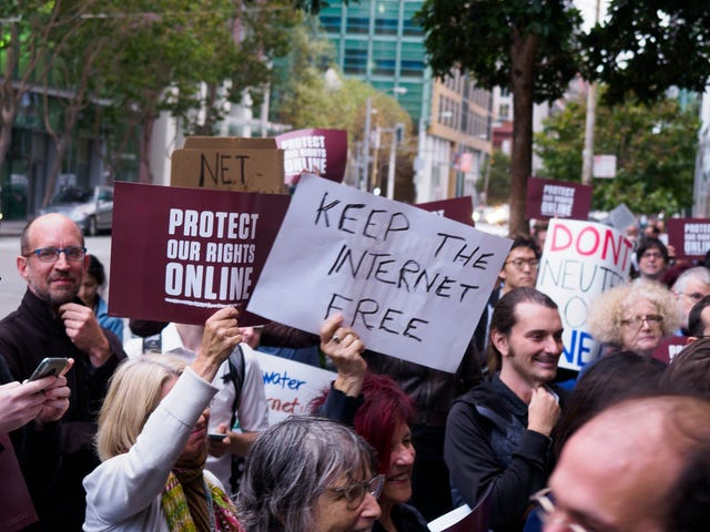 How to Boycott Your Internet Service Provider If Net Neutrality Dies