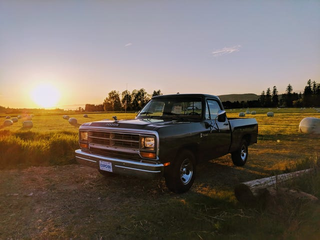 Night Oppo (Truck Pics!)