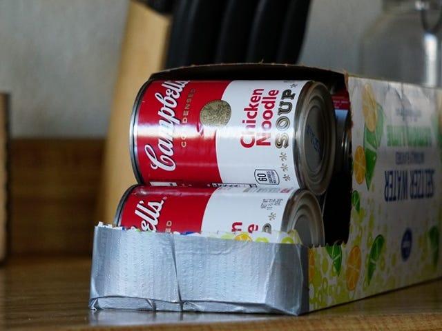 Verwenden Sie eine Getränkebox für die einfache Aufbewahrung von Konserven