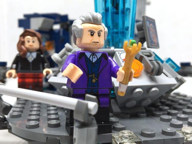 The <i>Doctor Who</i> LEGO Set: Điều gì làm bạn quá lâu, Old Man?