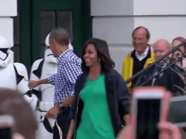 """Обама продовжує запрошувати """"Зоряні війни"""" до Білого дому"""