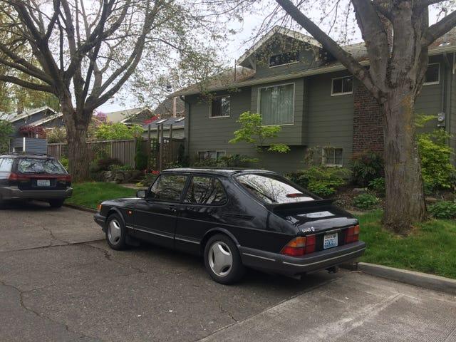 New car! '92 900! Eep!