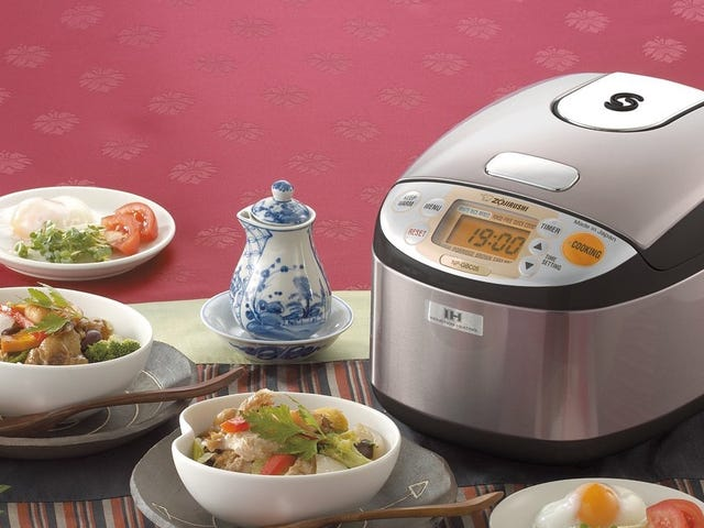 This Discounted Zojirushi Cooks Your Rice With the Power of Magnets
