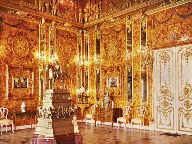 The mystery of the lost Amber Room