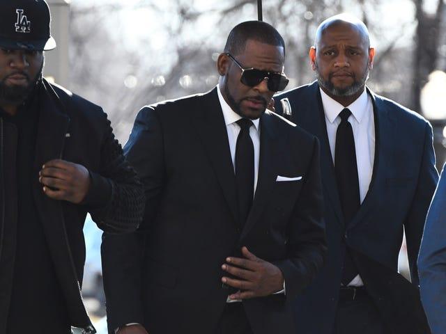 R. Kelly perde o caso de abuso sexual depois de não comparecer no tribunal