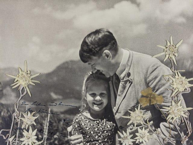 La foto de Hitler abrazando a una niña de origen judío se acaba de subastar por 11.000 dólares. Esta fue su historia