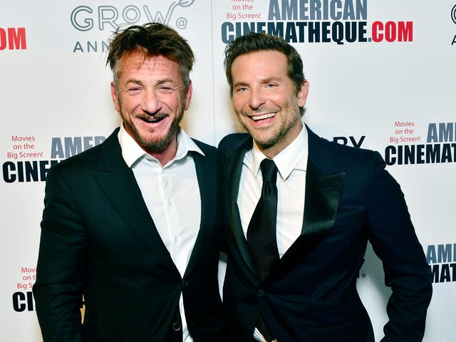 Sean Penn offers up passionate defense of poor, neglected Oscar-nominee Bradley Cooper