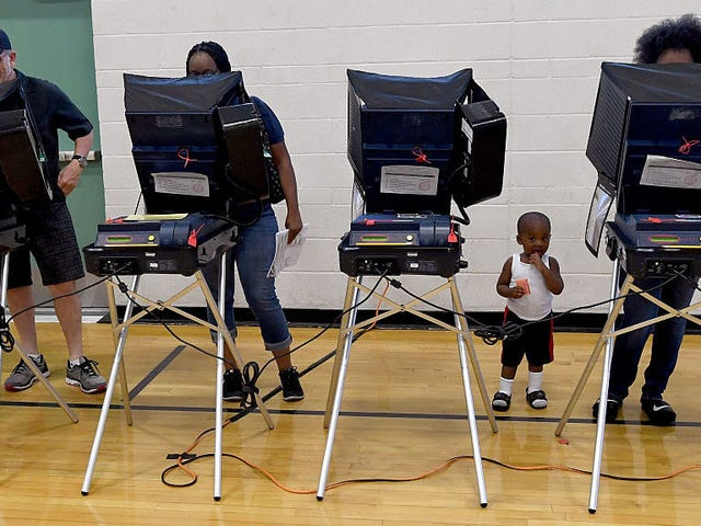 Virginia blir av med sina sårbara röstmaskiner