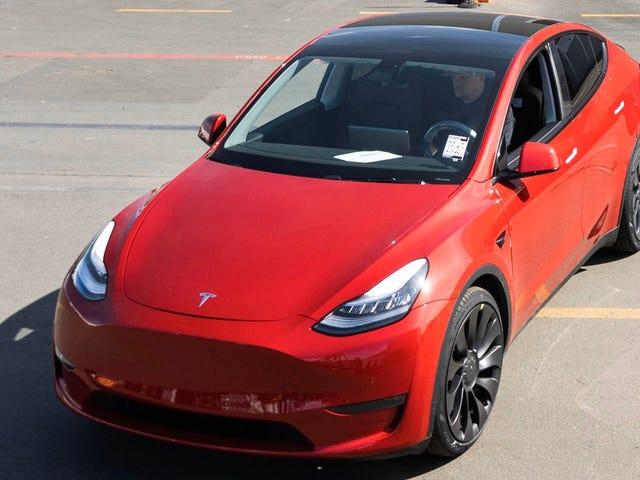 Tesla đã chế tạo chiếc xe thứ một triệu