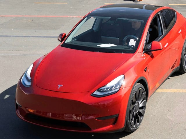 Tesla har byggt sin miljoner bil