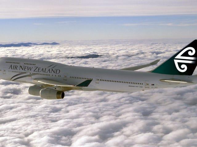 """Nueva Zelanda deporta a un adolescente por escribir """"tengo una bomba"""" en la app de mensajes de un avión"""