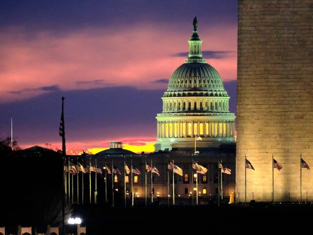 """Senatorer Introducera Bill för att stoppa """"Dark Patterns 'Huge Platforms Använd för att lura användare"""