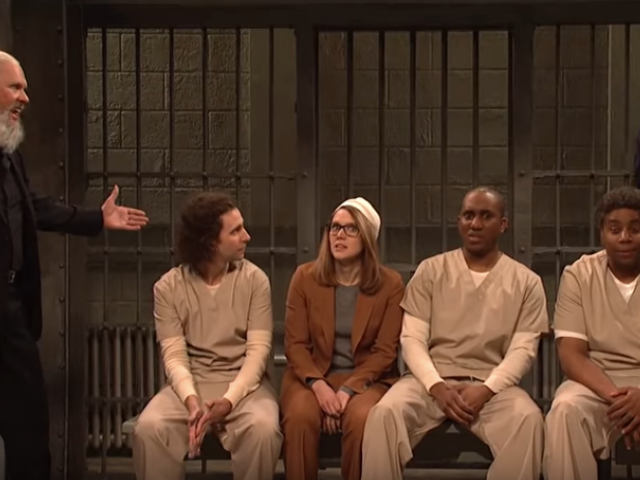 Michael Keaton drops by as Julian Assange to help SNL roast the latest celebrity jailbirds