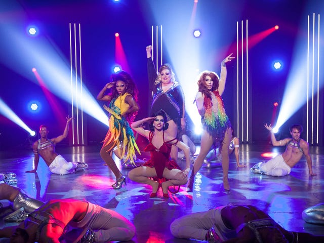 RuPaul's Drag Race picks up speed with a patriotic final challenge