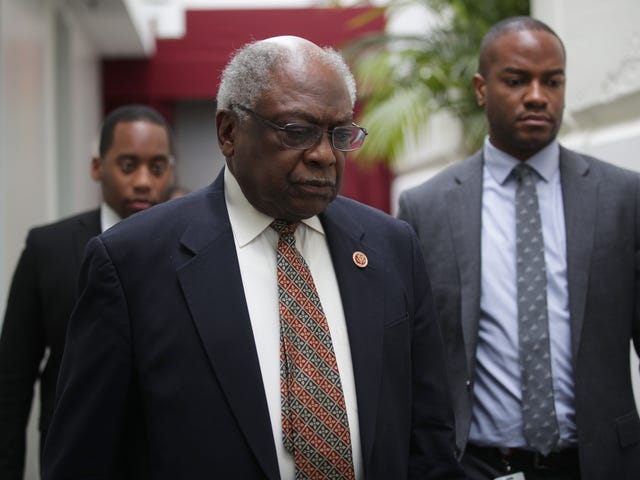 South Carolina Sen. Jim Clyburn Defends Biden's 'Boy' Comments, Accuses Nancy Pelosi of 'Tokenism' in Staffing