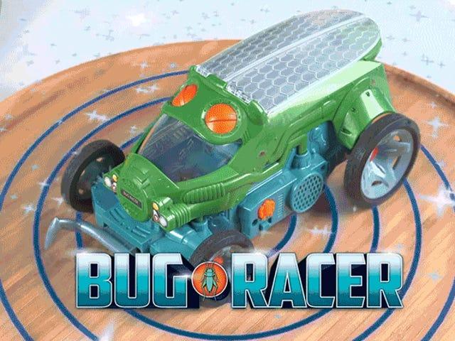 En Live Cricket Steers Mattels nye autonome legetøjsbil