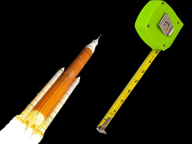 Boeing Brags About Size of Its Rocket, Says SpaceX's Is Too Small for NASA's Needs
