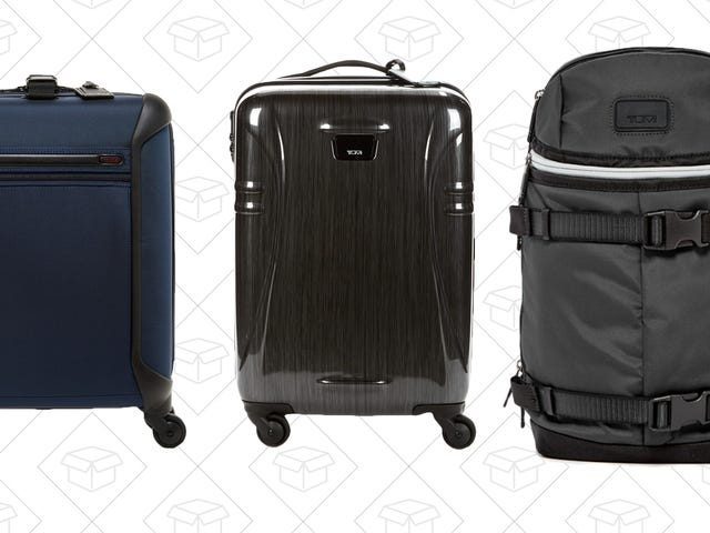 Pack for Vacation Properly While Saving Hundreds With This Tumi Sale