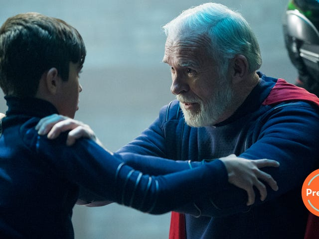 In Krypton's uneven debut, Superman's grandfather faces his destiny