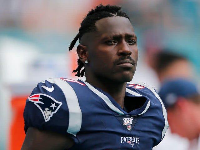 New England Patriots startar Antonio Brown bland anklagelser om sexuellt våld och hot