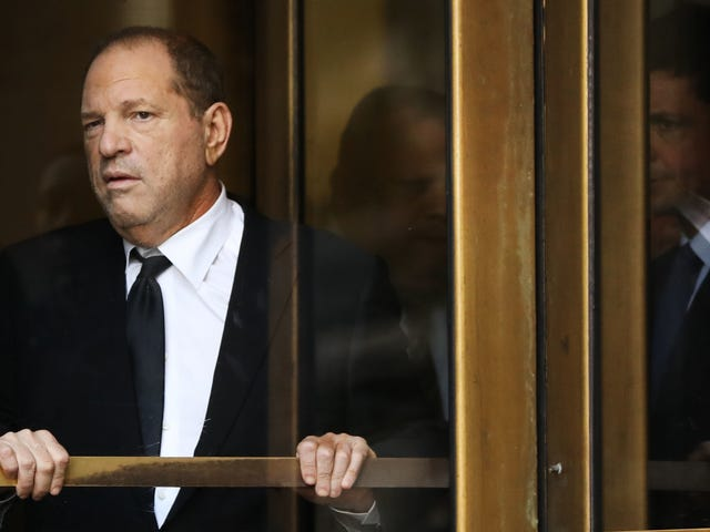 Hero Women Kicked Out of Bar After Confronting Harvey Weinstein [UPDATED]