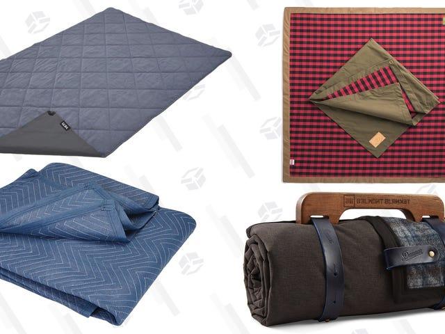 Queste sono le quattro coperte da picnic preferite dai nostri lettori