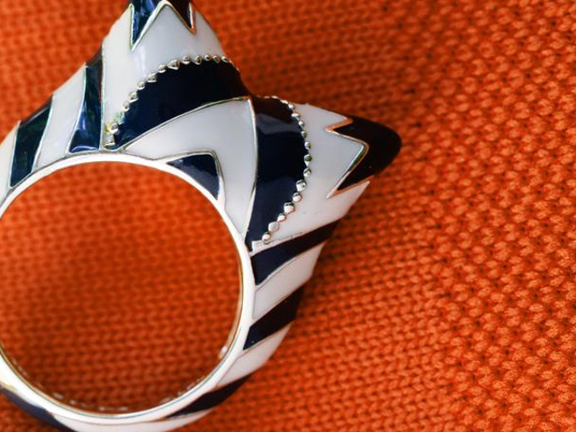 This Ahsoka Tano Ring Is Brilliant, Beautiful, and Probably Very Handy in a Fight