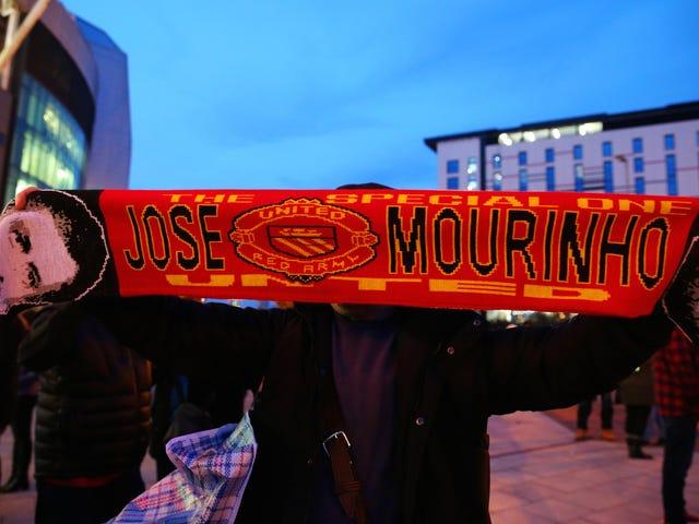Well, Alam namin na ang mga tagahanga ng Manchester United Gusto Pamamahala ng kanilang Koponan