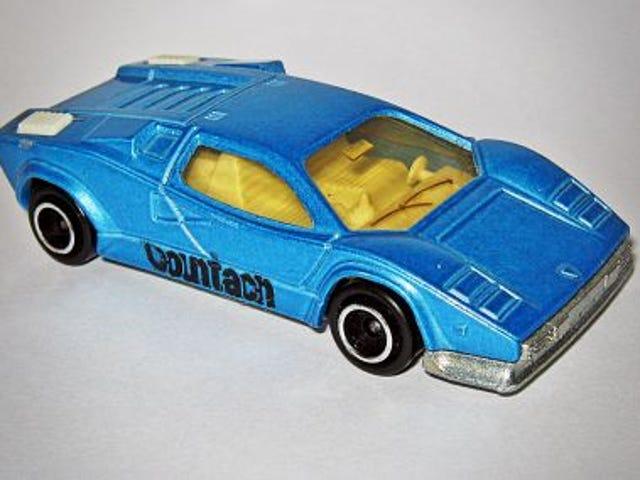 Running of the Bulls: Majorette Lamborghini Countach