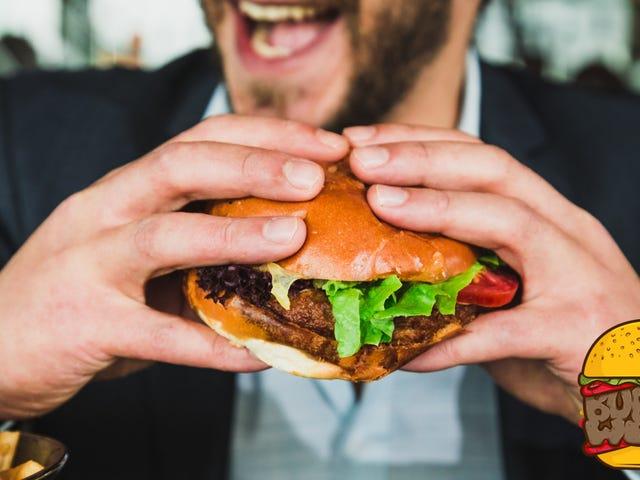 Blot natte beleg voordat je ze op je hamburger legt