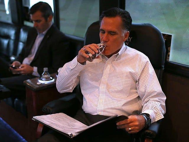 El rebelde Mitt Romney viola el protocolo del Senado ... ¡y nunca creerás lo que sucedió después!
