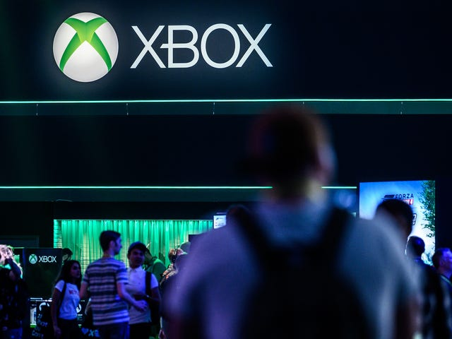 Sources: Microsoft Is Still Planning A Cheaper, Disc-Less Next-Gen Xbox