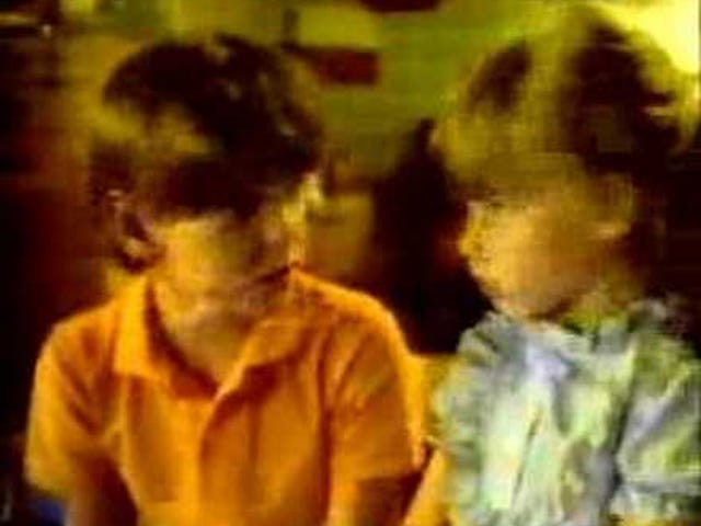 "Late TAY Retro: Intellivision |  ""Henry Thomas"" Lock 'N' Chase Werbespot 2 |  Fernsehwerbung (NA)"