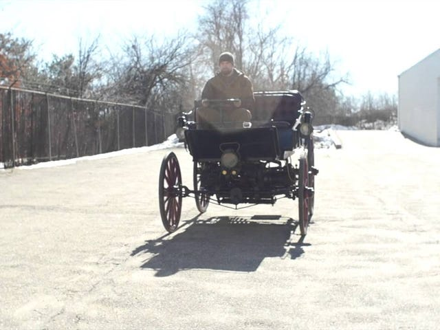 1896 Gasoline-Electric Hybrid makes funny noises.