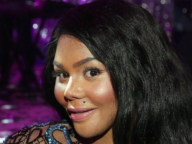 Lil' Kim's Ex-Boyfriend Is on Trial for Multiple Murders