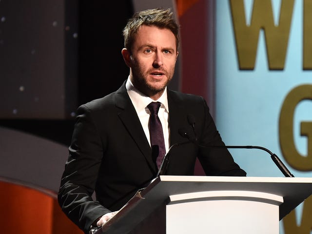 Chris Hardwick Is Back onTalking Dead After Several Staffers Resigned in Protest