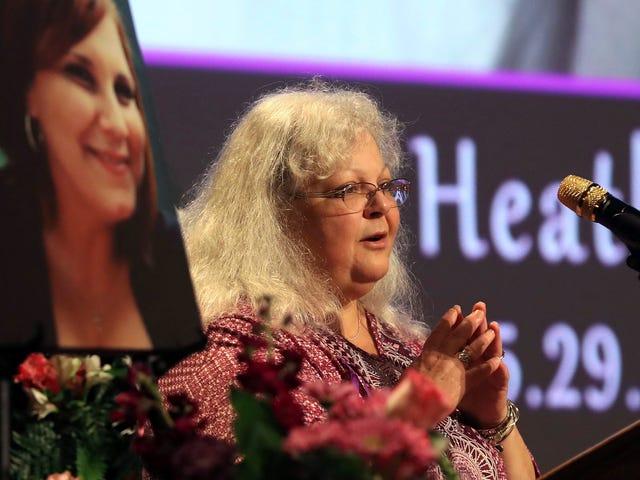 Mom von Charlottesville, Va., Opfer Heather Heyer weigert sich, zu Trumpf zu sprechen, nachdem er Anti-Rassismus-Aktivisten zu weißen Supremazisten verglichen hat