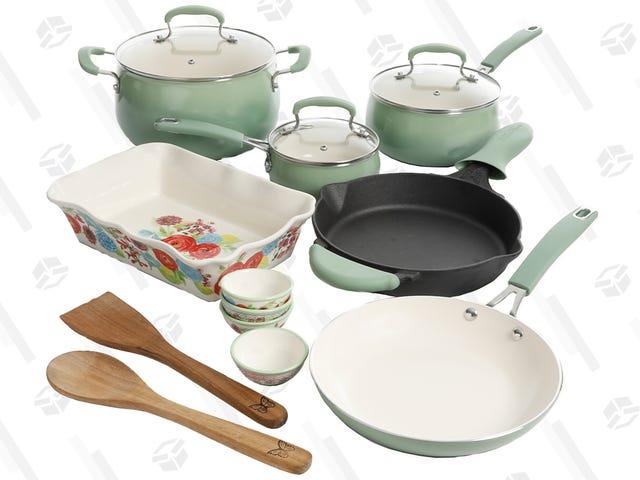 "<a href=https://kinjadeals.theinventory.com/snag-this-mint-green-pioneer-woman-cookware-set-for-hal-1830611751&xid=25657,15700023,15700186,15700190,15700256,15700259 data-id="""" onclick=""window.ga('send', 'event', 'Permalink page click', 'Permalink page click - post header', 'standard');"">Snag Ini Permaidani Wanita Mint Hijau Mint untuk Setengah Harga</a>"