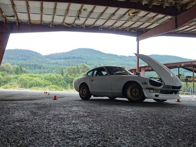 The Z goes autocrossing at Packwood!