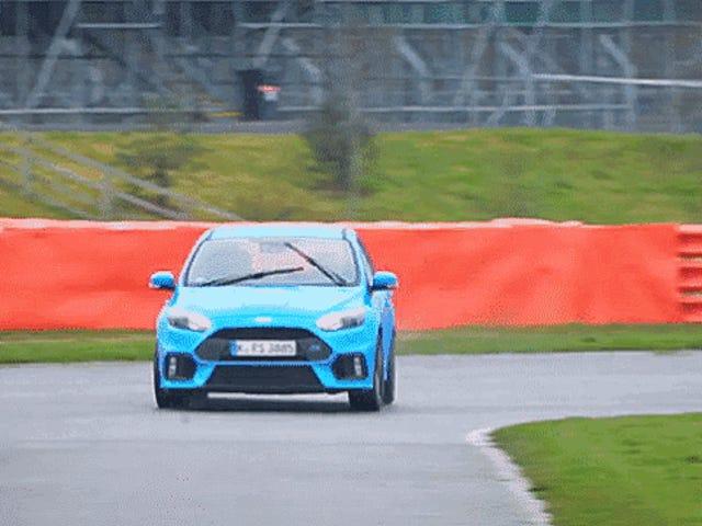 La modalità di deriva di Ford Focus RS è stata scoperta completamente per incidente