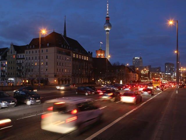 Німецькі роздрібні торговці вирушають через можливі заборони дизельного палива
