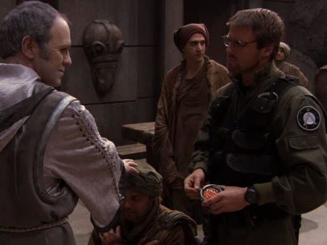 Stargate: SG-1 Rewatch - Temporada 9, episodio 5 <i>The Powers That Be </i> y episodio 6 <i>Beachhead</i>