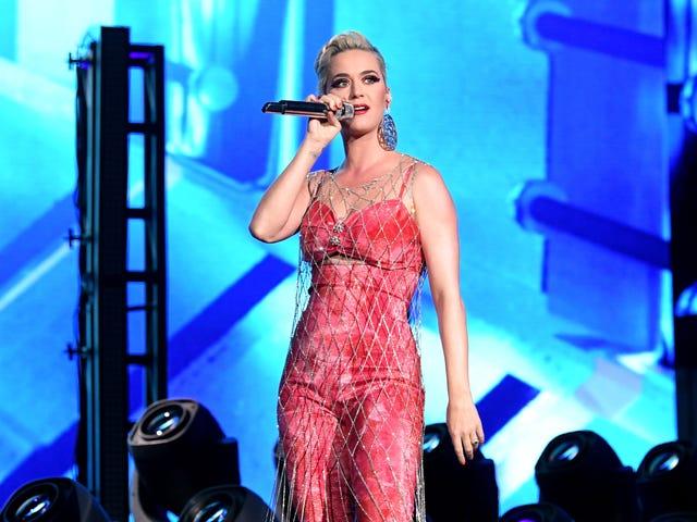 Träffa Katy Perry, den senaste vita musiker som hittades skyldig att stjäla från en svart konstnär