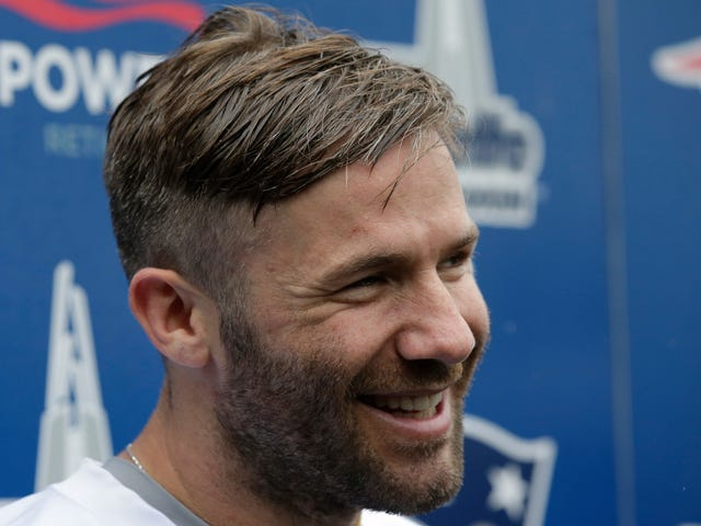 Pseudonymous Redditor Breaks Julian Edelman PED Suspension News Hours Ahead Of ESPN Report
