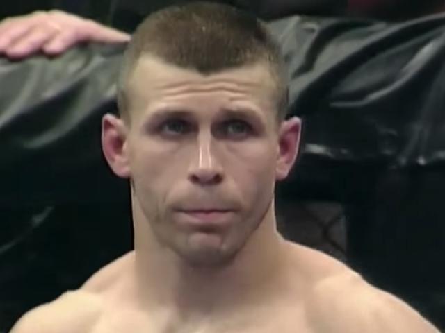 前MMA家伙对杰弗里•爱泼斯坦(Jeffrey Epstein)的工作作了令人震惊的狡猾面试