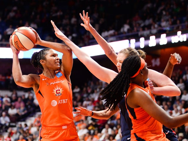 The WNBA's New 'Groundbreaking' Collective Bargaining Agreement Includes Higher Salaries, Quality of Life Improvements