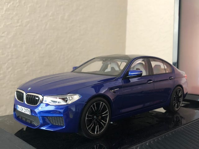 Meet my new 1/18 Norev 2018 BMW M5 (F90)